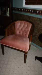 Living room decorator chairs