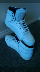 Shoes leather in Best condition10/10