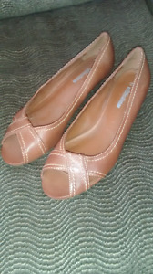 Ladies Brown Shoes, size 10