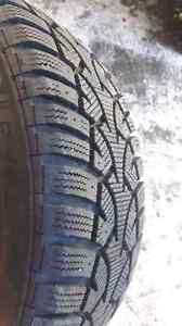"""16"""" Ford focus winter tires  on mags Kitchener / Waterloo Kitchener Area image 2"""