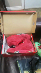 basketball shoes, mint condition jade 10s and kd7s, jordan and l