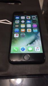 Black Iphone 7 - 32gb Unlocked in Perfect Condition