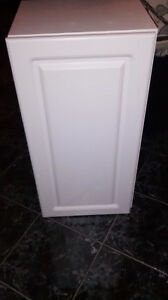 Cabinet in excellent condition!!
