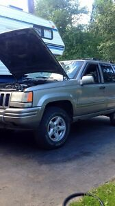 Jeep Grand Cherokee fully loaded
