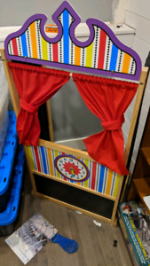 Puppet Theater (melissa and doug)