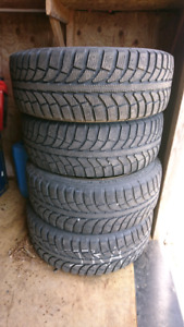 Winter Tires 215 55/R17