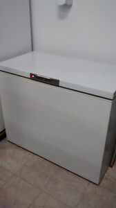 2 Fridges and 1 Deep freezer for sale! London Ontario image 3
