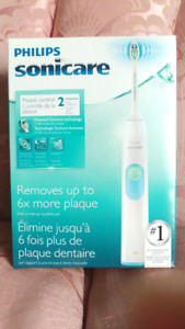 NEW Philips Sonicare 2 Series Plaque Control Toothbrush