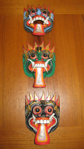 Exotic Masks and Handicraft for collectors