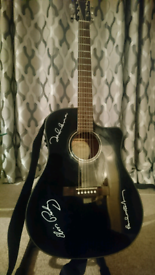 Fender electric-acoustic guitar in great condition