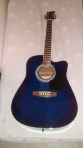 acoustic guitar in good shape