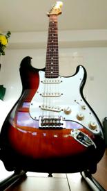 Fender Stratocaster 2020 Sunburst