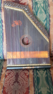 ANTIQUE WOOD SMALL HARP