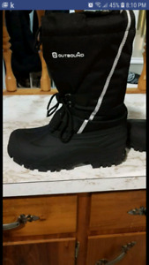 Winter boots. Womens size 10/mens size 7