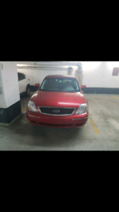 2005 AWD Ford Five Hundred
