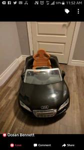 KIDS AUDI S8 CAR