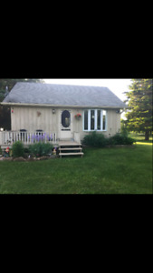 Tiny home 1 bedroom guesthouse Kinmount