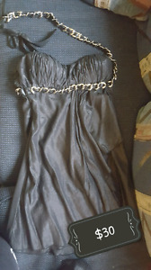 Cute party dress for Sale! Worn twice.