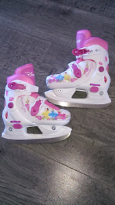 Girls Ice Skates like new
