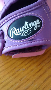Rawlings small pink and purple base ball glove and ball