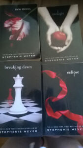 BOOKS  TWILIGHT COMPLETE COLLECTION