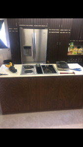 Kitchen Island w/ stovetop/grill and wall oven