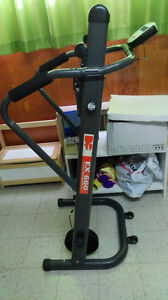 Manual Treadmill - foldable - In Good Condition