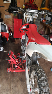 2009 crf450r **fuel injected**