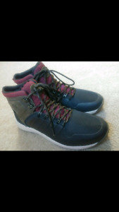 Brand New - Men's Timberland Boots: SIZE 9