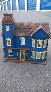 Old antique dollhouse