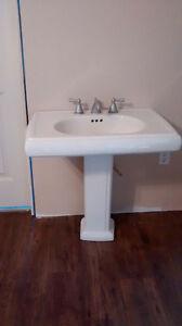 Pedestal Sink London Ontario image 2