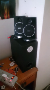 Edifier computer speakers and sub woofer