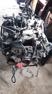 4.6 motor and 4r70w automatic transmission with low mileage