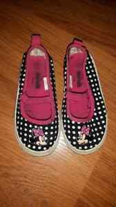 Size 8 Minnie Mouse Sneakers