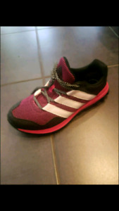 Womens size 8 Adidas runners