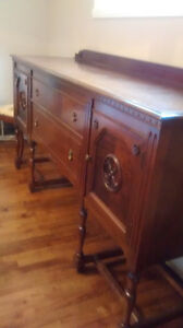 Antique Sideboard/Buffet West Island Greater Montréal image 2