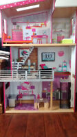 3 storie Barbie dream house