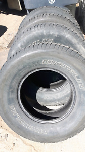 Four Michelin 265/75 R16  tires for sale