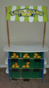 Melissa and doug lemonade/grocery stand