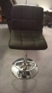 Adjustable bar chairs