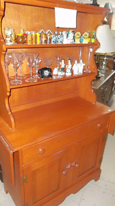 Vilas Maple Buffet and Hutch