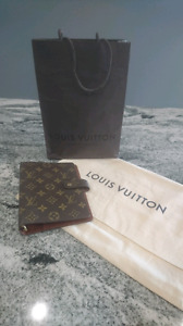 Authentic Louis Vuitton MM Agenda in Monogram - Made in France