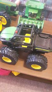 John deer tractors, 10 piece