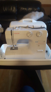 SINGER SEWING USED ONCE