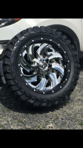 "22"" BRANDE NEW RIMS AND TIRES"