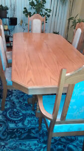 Excellent condition dinning table and wall unit,Oak wood