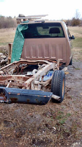 Parting Out A 1996 GMC Peterborough Peterborough Area image 6