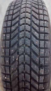 2009 Aluminum GMC Canyon rims with winter studded tires