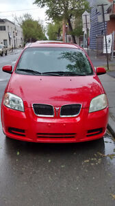 2009 Pontiac G3 Berline rouge