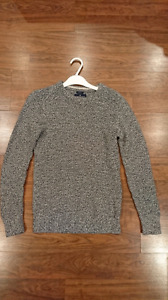 Men's t-shirts and sweaters sizes XS - small